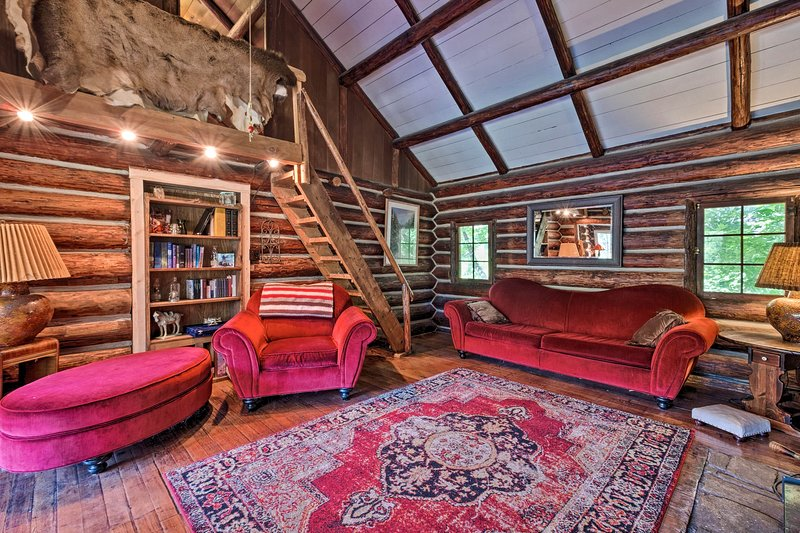 Idyllic Leavenworth Cabin by Lake Wenatchee!, holiday rental in Coles Corner