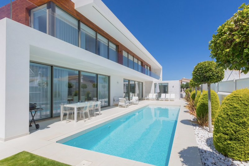 Amazing new Villa in Albufeira, holiday rental in Albufeira