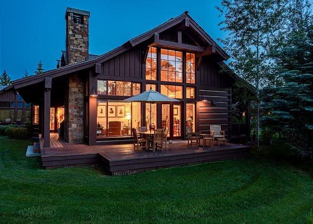 Luxury cabin with awesome Teton views at Jackson Hole Golf & Tennis, location de vacances à Jackson Hole