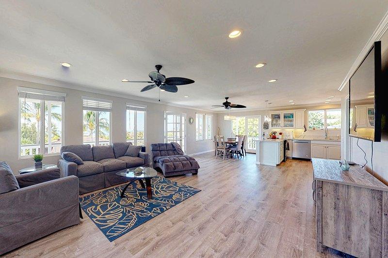 Fully remodeled home w/ ocean view, WiFi, and wraparound lanai., aluguéis de temporada em Kalaoa