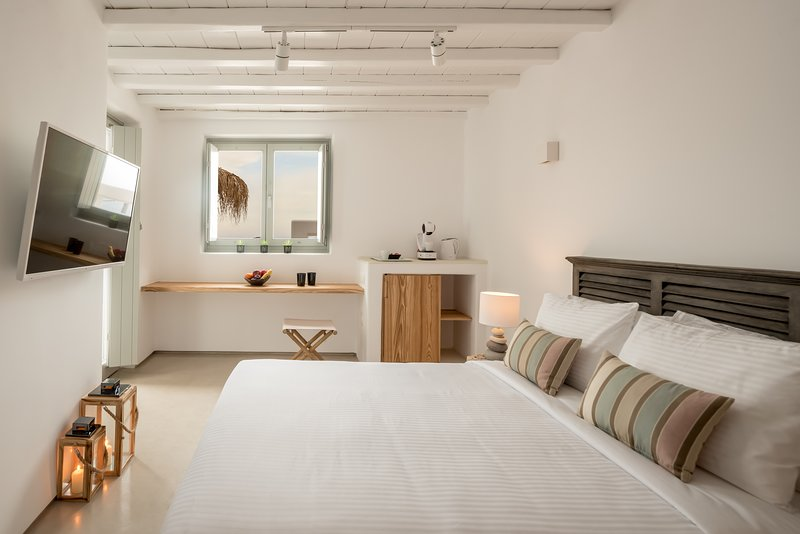 The Summit of Mykonos - Belvedere Suite, holiday rental in Kalo Livadi
