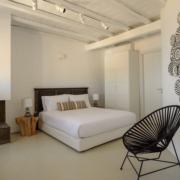 The Summit of Mykonos - Senior Executive Suite, holiday rental in Kalo Livadi