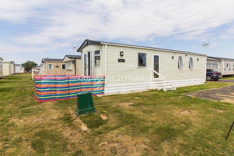 8 berth diamond rated caravan for hire at St Osyth's Park ref 28031MV, location de vacances à Little Clacton