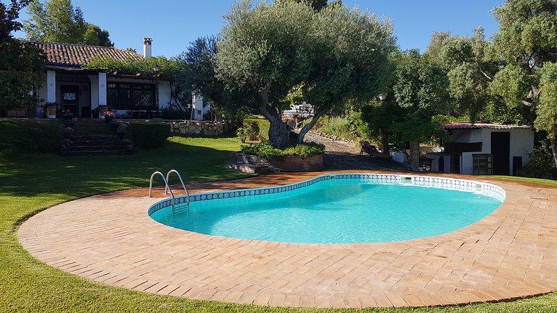 Fantástica Villa a 2 minutos del centro de Ronda, alquiler de vacaciones en Ronda