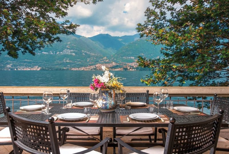 Villa on Lake Como with Pebble Beach - Villa Renzo, vacation rental in Magreglio
