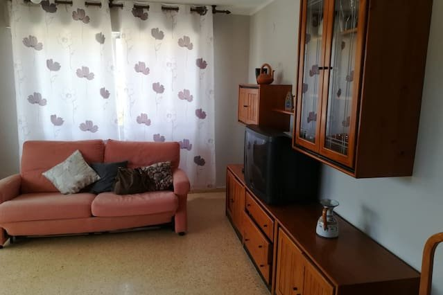 Beautiful apartment with sea view, aluguéis de temporada em Canet lo Roig