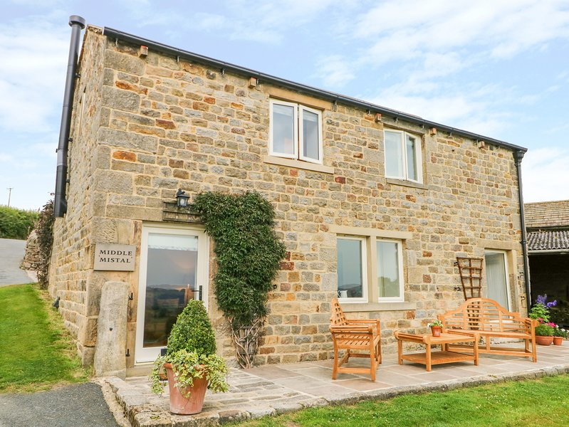 Middle Mistal, Harrogate, holiday rental in Guiseley