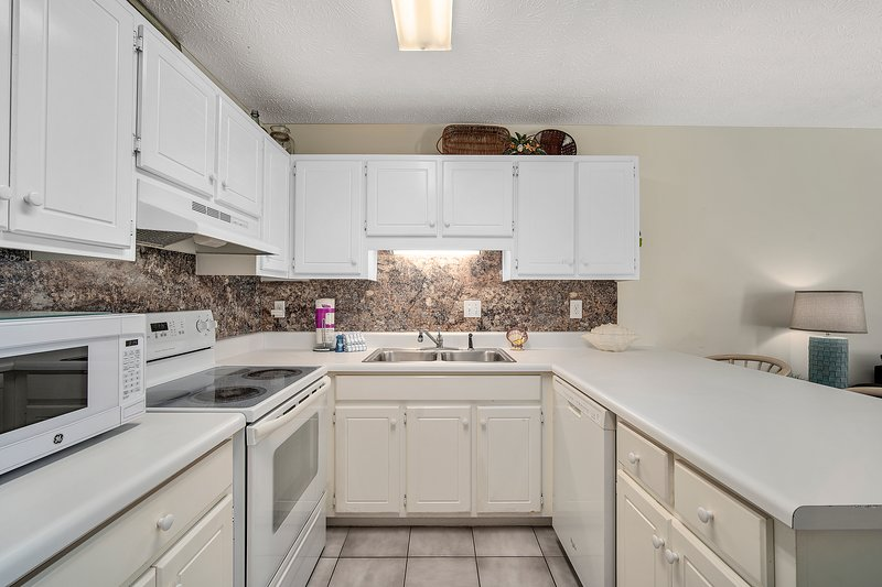 Wendwood Unit B-2 | Dreamside Vacation House-Kitchen