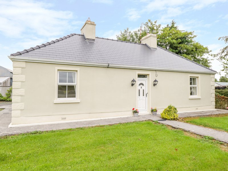 Baloor East, Castlebar, County Mayo, holiday rental in Castletownshend