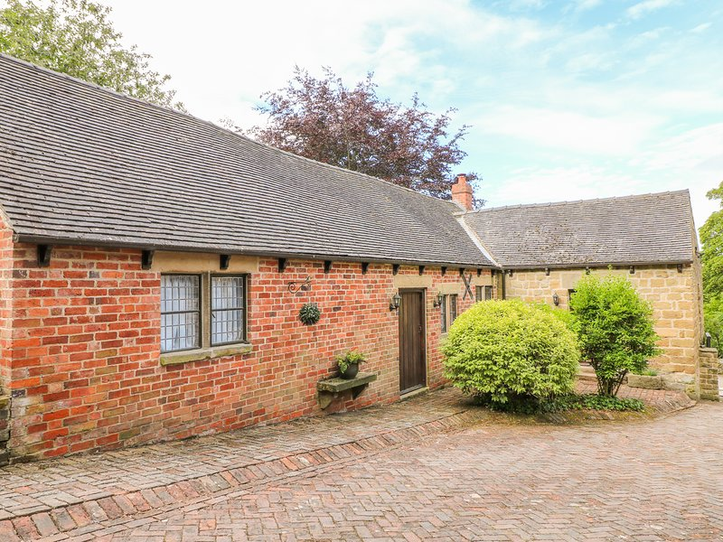 Woodland Lodge, South Wingfield, holiday rental in South Wingfield