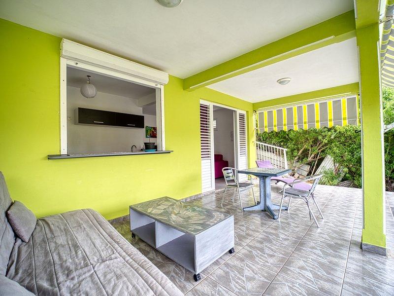 Terrace housing F2