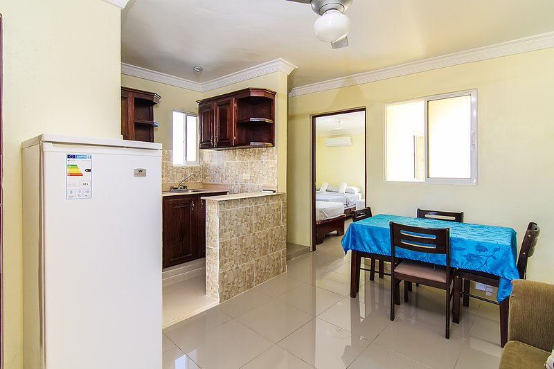 SPECIAL Offer 45% OFF Apartment For 5 Near Airport & Colonial Zone, vacation rental in Santo Domingo