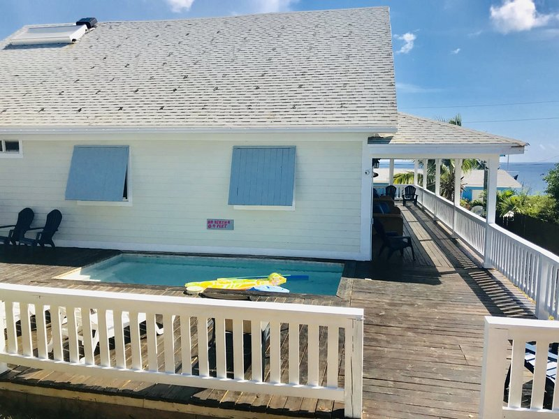 Sweet Merlot - An Executive Family Home, holiday rental in Eleuthera