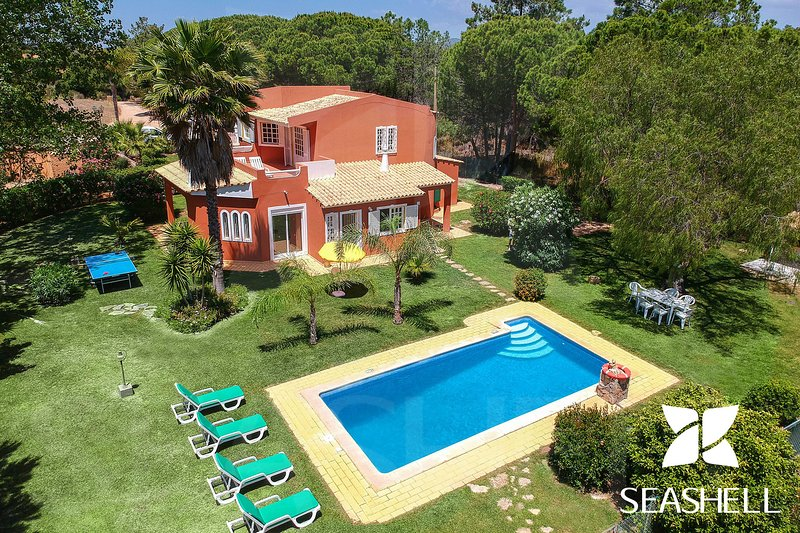 Villa Pinhal, holiday rental in Vale do Garrao