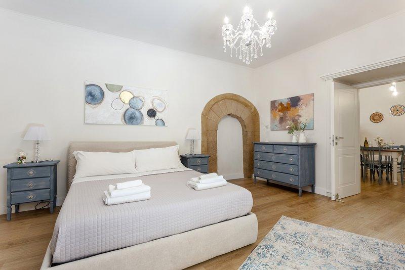 Casa Nagalè - La tua vacanza nel cuore di Ortigia a 50 metri dal mare !, Ferienwohnung in Isola di Ortigia