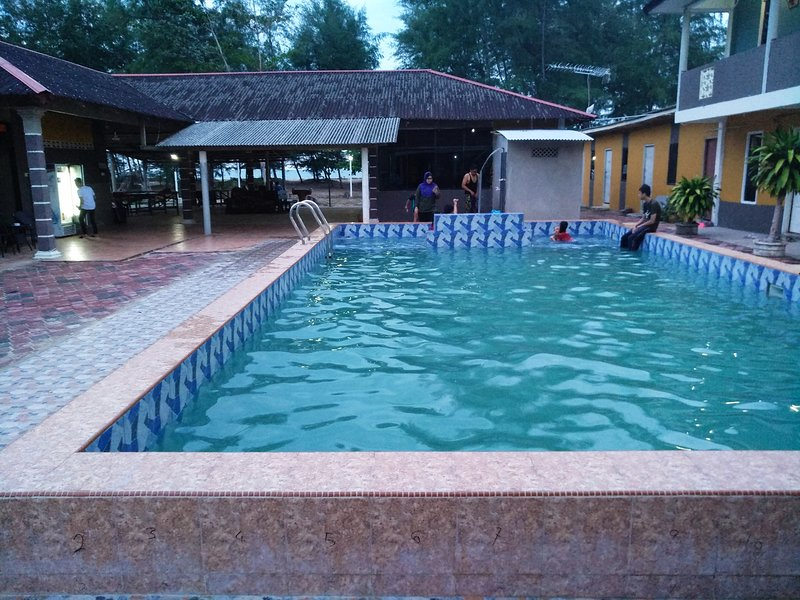 Kandiez Sunrise Beach Resort(2 person)#5, holiday rental in Jerteh