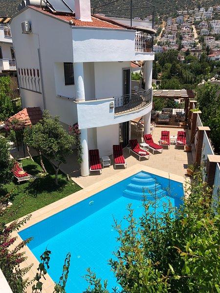 Villa Kirmizi Lale, holiday rental in Kalkan