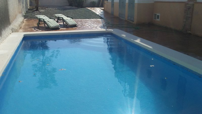 Nice apt with swimming-pool, vacation rental in La Pinilla