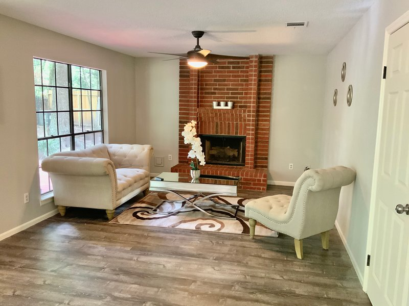 Houston 2019 Newly Remodeled Home Near Everything, alquiler vacacional en New Caney