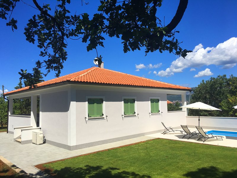 Villa Kvarner - Luxury apartment with private pool, holiday rental in Silo