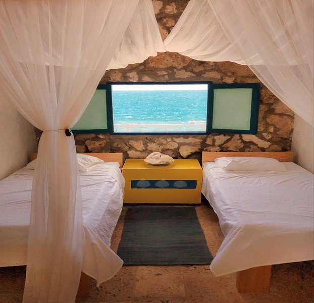 LA REINA MORA BED & BREAKFAST - CARIBBEAN ISLAND FAMILY VACATION HOUSE, holiday rental in Cartagena District