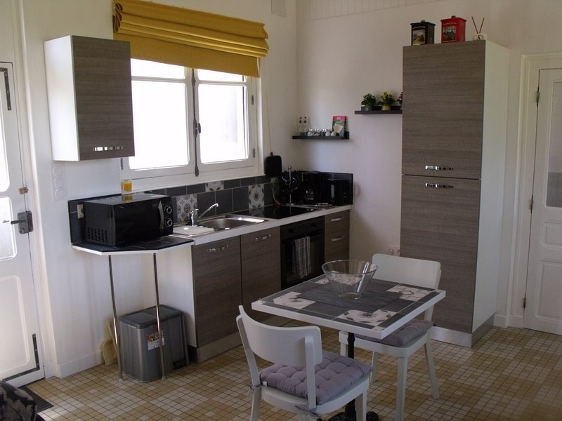 Well equipped kitchen with everything you will need for a short stay away from home.