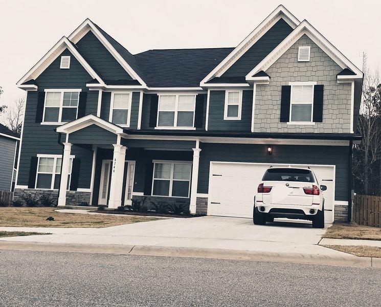 Gorgeous 3800 sq ft home. New build!, location de vacances à Grovetown