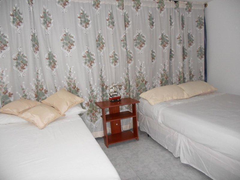 Apartamento vacacional para 8 personas, vacation rental in San Andres