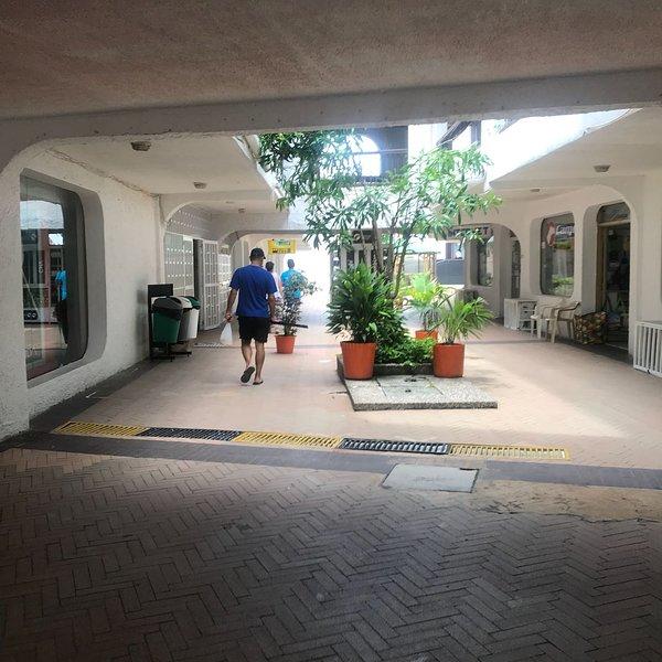 APARTAMENTO EN SAN ANDRES ISLAS , 1 CUADRA DE LA PLAYA PRINCIPAL, vacation rental in San Andres