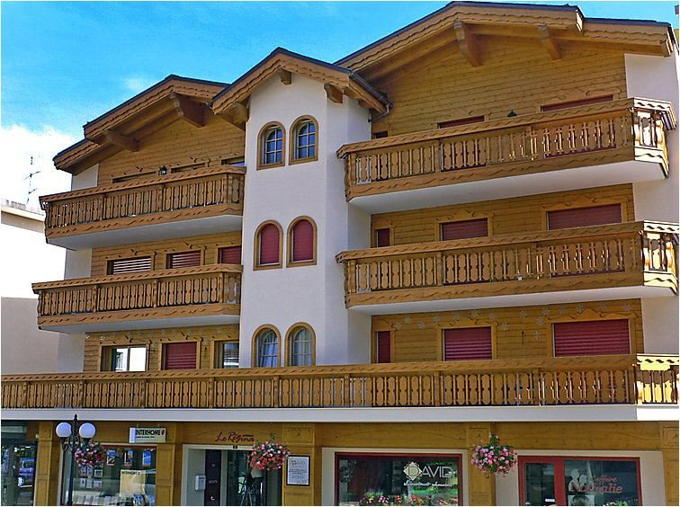 Luxury Apartment in the very center of Crans Montana, casa vacanza a Crans-Montana
