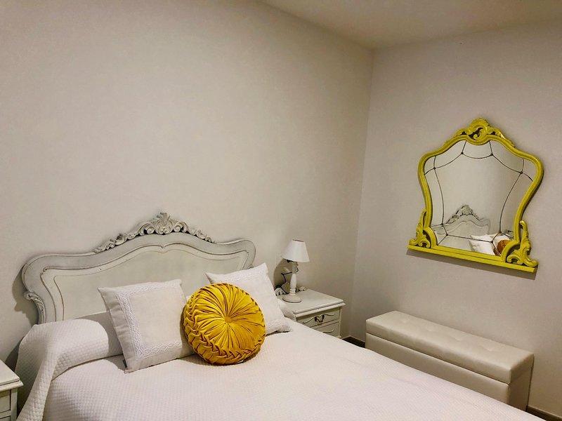 Apartamentos Turísticos Casa Dina planta baja, holiday rental in Ribadeo