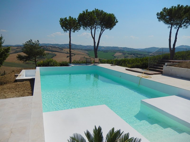 Amazing house with swimming-pool, vacation rental in Gemmano