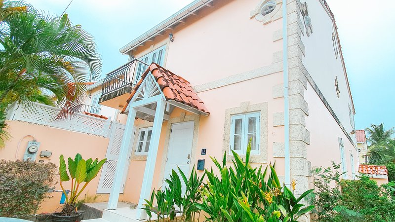 Beautiful Villa at Porters Gate, holiday rental in Porters