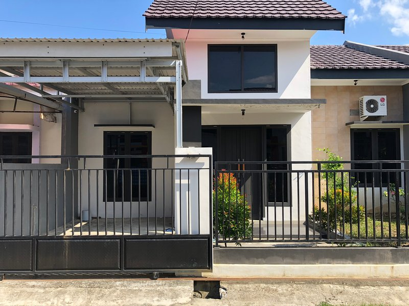 Alvaro home, holiday rental in Palu