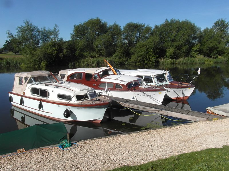 Boating Holidays - River Thames, holiday rental in Wallingford