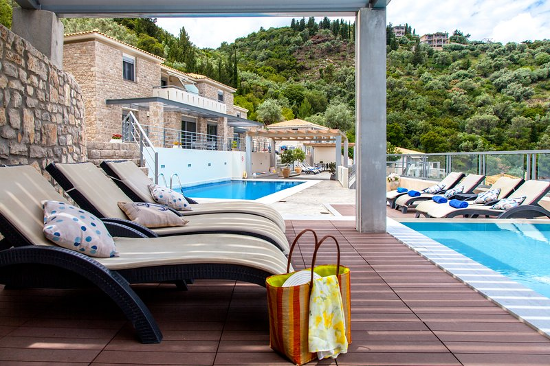 Low season offers- Amazing Sea View Apartments with breakfast at Thealos Village, vacation rental in Episkopos