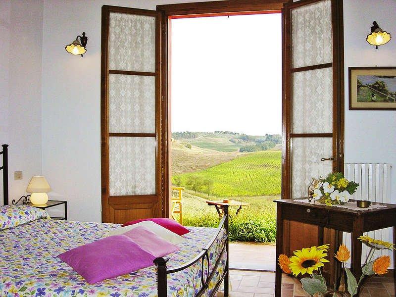 Appartamento GERANIO - Agriturismo Corte in Poggio, vakantiewoning in Cerreto Guidi