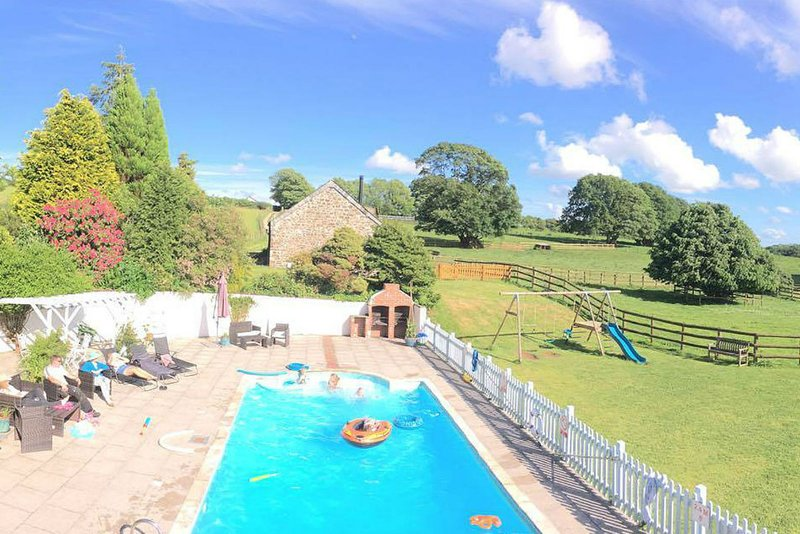 Dozmary Cottage - Luxury Farm Cottage in Rural Cornwall, holiday rental in Altarnun