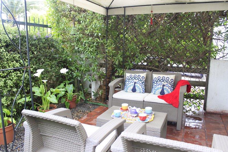 Apartamento con patio exclusivo 2D2B, vacation rental in Renaca