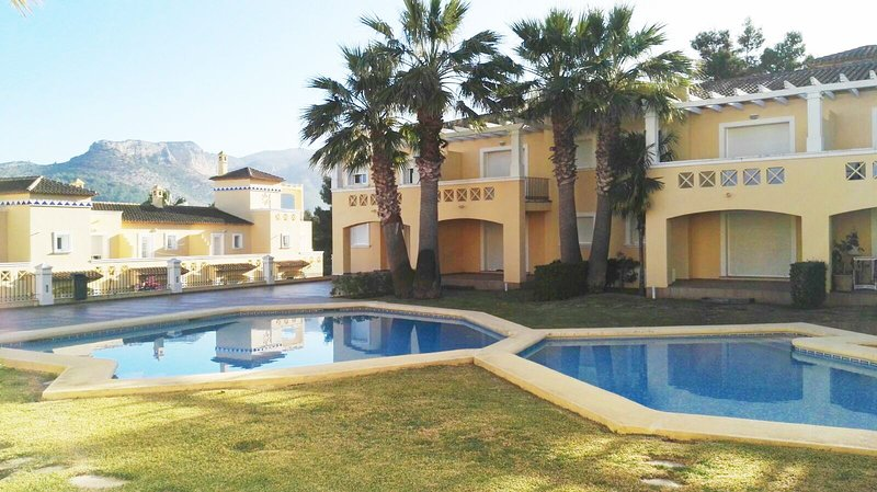 2 Bedroom Apartment, La Sella, Denia, vacation rental in Muntanya la Sella