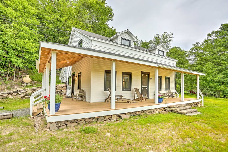 Historic Catskills Home, Near Willowemoc Creek!, alquiler de vacaciones en Ferndale