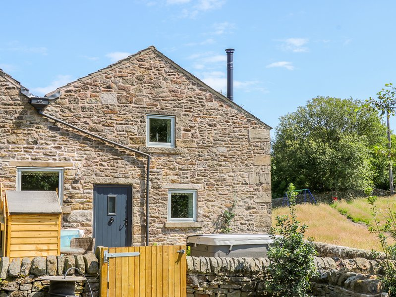 Overlea Cowshed, Hayfield, holiday rental in New Mills
