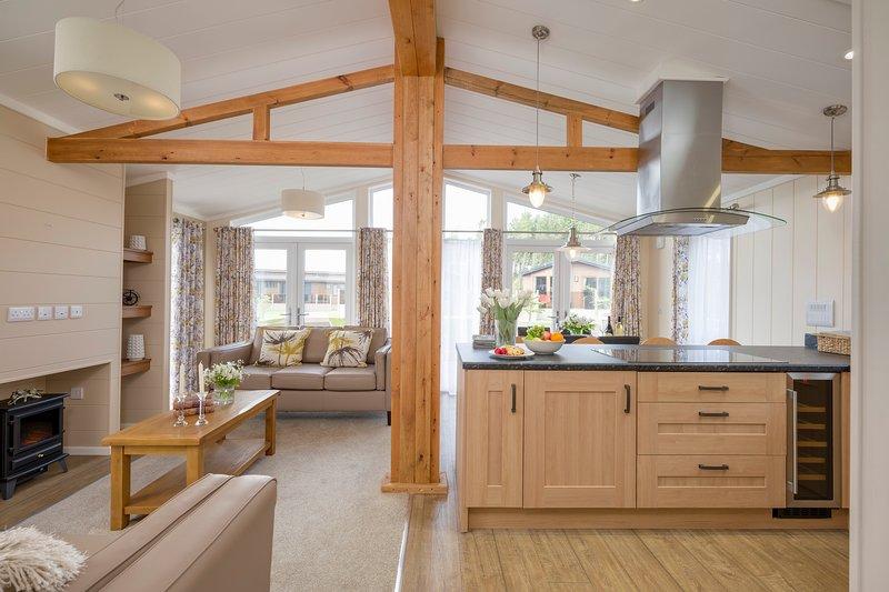 Hideaway Lodge, Runswick Bay, holiday rental in Runswick