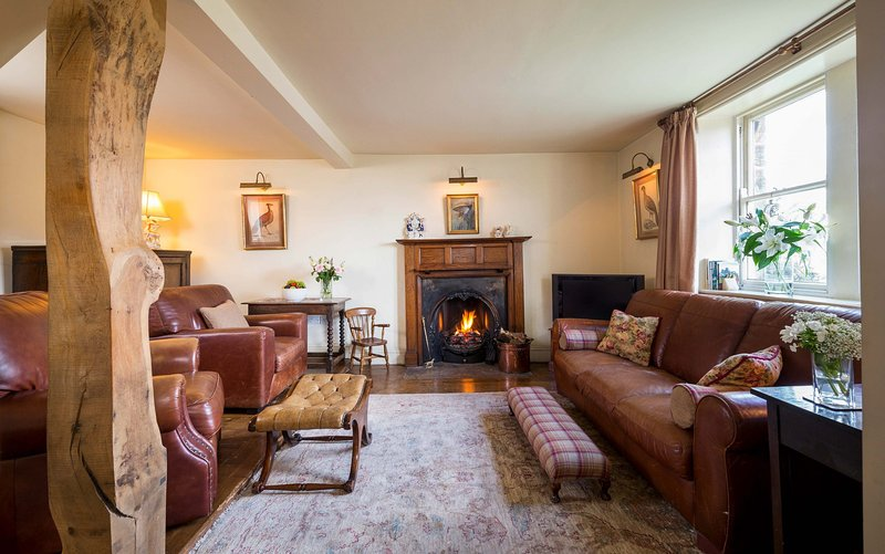 WHEATSHEAF COTTAGE, 8 bedrooms, Whitby, vakantiewoning in Lealholm
