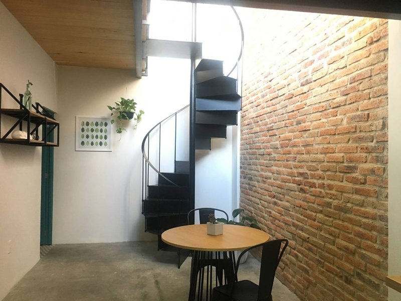 Functional Loft C Smart Travel Chapultepec, alquiler de vacaciones en Guadalajara
