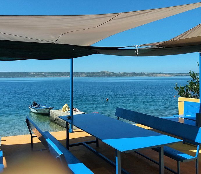 Spend an unforgettable holidays in Residence Palmasol. Directly on the beach.