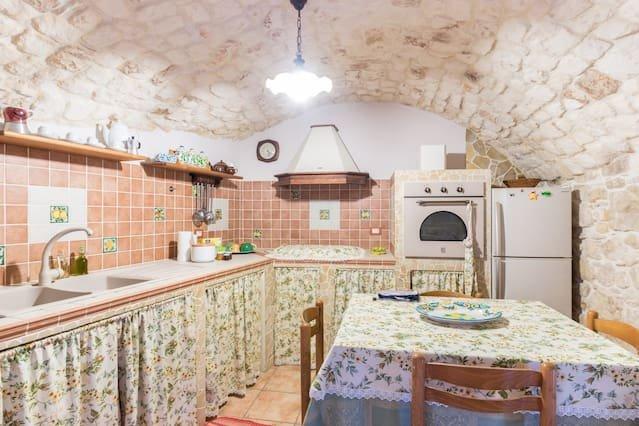 Beautiful apartment in Modica, alquiler vacacional en Case Giurdanella