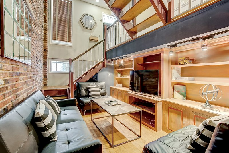 Industrial Style Home w/Rooftop Near Fells&Canton, location de vacances à Glen Arm