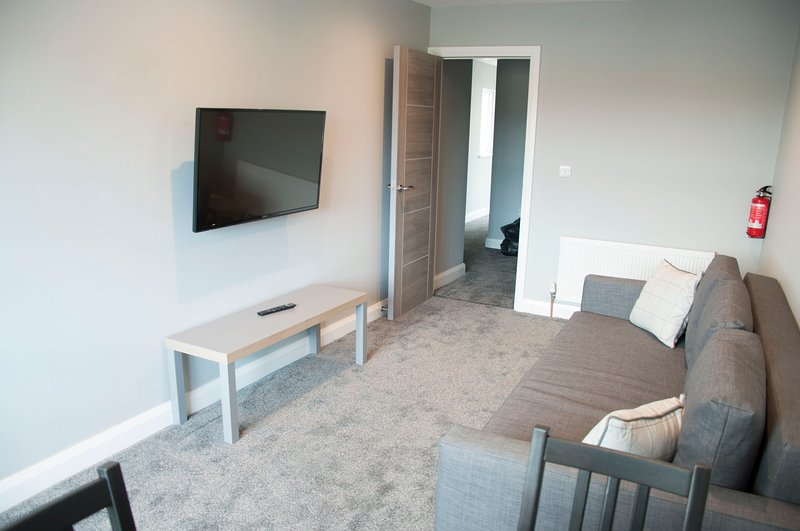 The Square Guest Apartment, holiday rental in Tobermore