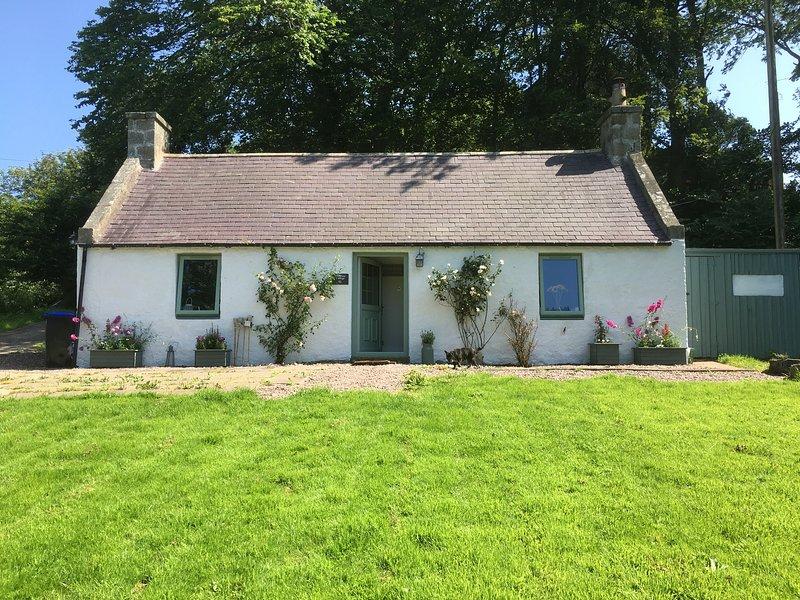 Primrose Cottage Close To New Aberdour Beach, casa vacanza a Crovie